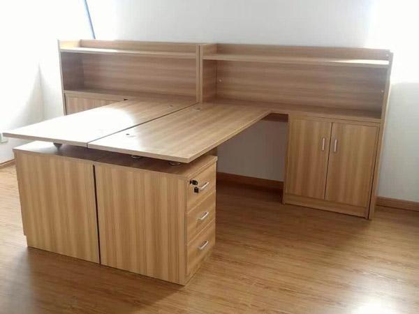 板式办公桌BY-10